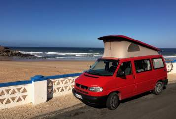 Hire a motorhome in Berlin from private owners  Volkswagen Die Rote Zora