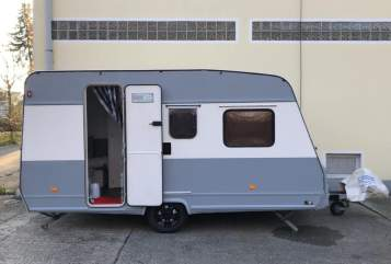 Hire a motorhome in Hannover from private owners| Bürstner SweetHome