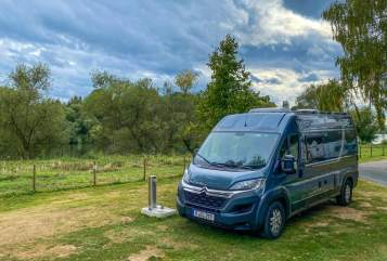 Hire a motorhome in Augsburg from private owners| Globecar Fritz