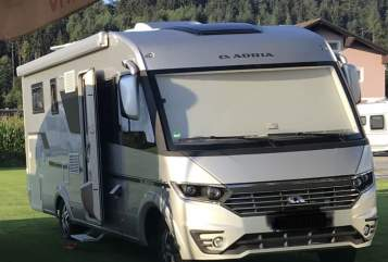 Hire a motorhome in Sankt Augustin from private owners| Adria Toasti