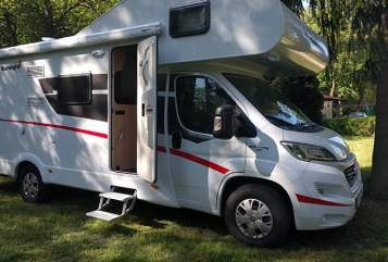 Hire a motorhome in Pilsach from private owners| Sunlight  Sunny