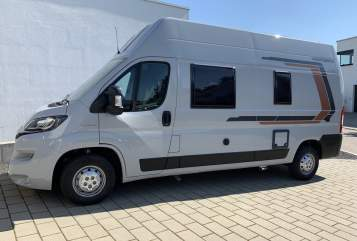 Hire a motorhome in Sigmaringen from private owners| Weinsberg Vier gewinnt