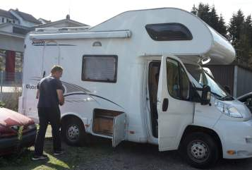 Hire a motorhome in Wald-Michelbach from private owners  Dethleffs Globe A 583