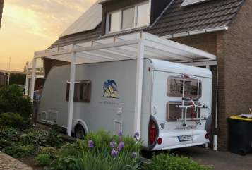 Hire a motorhome in Dormagen from private owners| Knaus Knausi