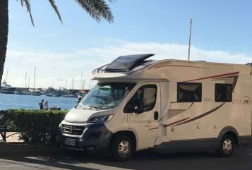 Hire a motorhome in Hardt from private owners| ROLLER TEAM ZEFIRO 235 TL