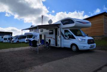 Hire a motorhome in Selent from private owners| Ford Challenger Big Johnny