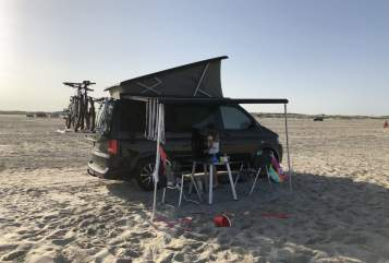 Hire a motorhome in Hamburg from private owners|  VW Alsterperle