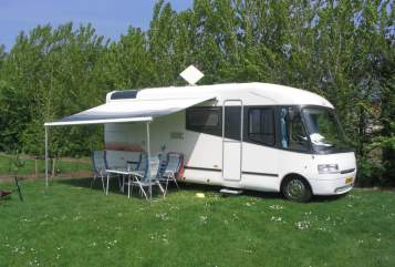 Hire a motorhome in Nijmegen from private owners| Lmc  Lmc