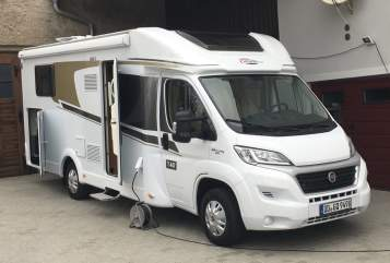 Hire a motorhome in Dresden from private owners| Fiat Carado Borsti