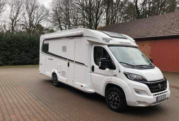 Hire a motorhome in Steinhagen from private owners| Weinsberg  Weinsberg 700