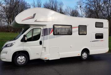 Hire a motorhome in Hamburg from private owners| Rimor Space4Kids