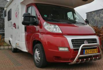 Hire a motorhome in Twello from private owners| MC Louis Fiat Ducato Happy Family Camper Stapelbed Fiat Louis