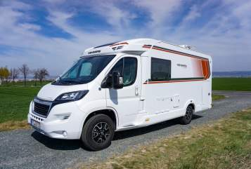 Hire a motorhome in Dresden from private owners  Peugout Pepper