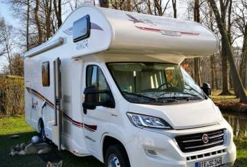 Hire a motorhome in Königs Wusterhausen from private owners| Rimor Rimor