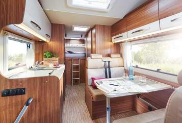 Hire a motorhome in Dresden from private owners| Fiat Family Deluxe