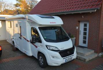 Hire a motorhome in Hannover from private owners| Dethleffs WOMO