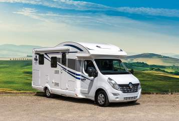 Hire a motorhome in Garbsen from private owners| Ahorn Camp Weber Camp