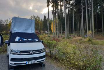 Hire a motorhome in Koblenz from private owners| VW Beach-LE