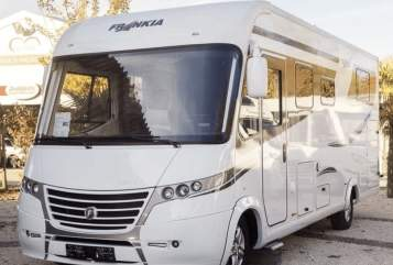 Hire a motorhome in Trier from private owners| Frankia Franky