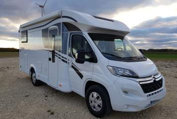 Hire a motorhome in Augsburg from private owners  Dethleffs Heinz
