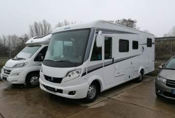 Hire a motorhome in Bernburg from private owners| Fiat Knaus Mobilo 2