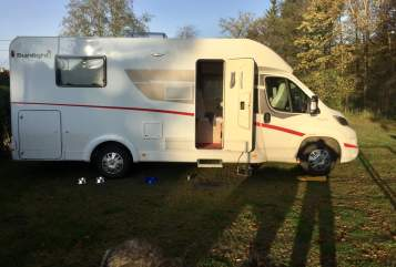 Hire a motorhome in Olfen from private owners| Sunlight Ben
