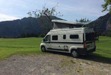 Hire a motorhome in München from private owners| Hymer Samy