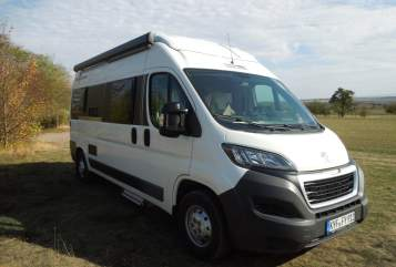 Hire a motorhome in Topfstedt from private owners| Knaus DreamTourer