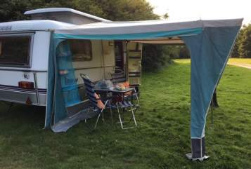Hire a motorhome in Doorn from private owners| Eriba Hans