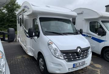 Hire a motorhome in Bad Segeberg from private owners| Ahorn AHORN ACT590