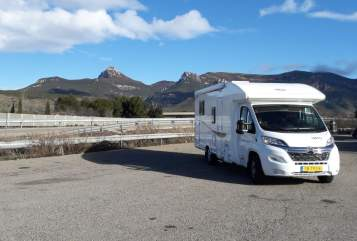 Hire a motorhome in Markelo from private owners| Citroen Happy Harry