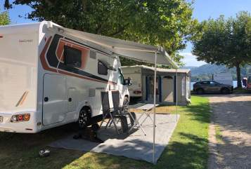 Hire a motorhome in Friesenheim from private owners| Weinsberg  DER NEUE