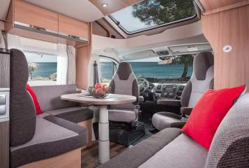 Hire a motorhome in Sömmerda from private owners| Knaus Günni