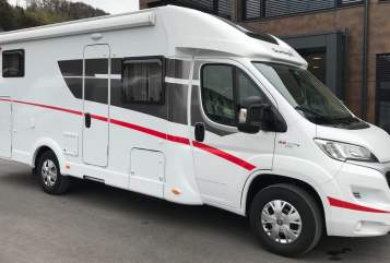 Hire a motorhome in Schwabach from private owners| Sunlight Sunny T67 2018