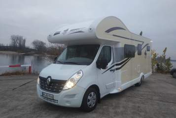Hire a motorhome in Heppenheim from private owners| Ahorn Blaumücke