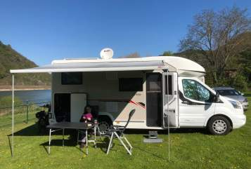 Hire a motorhome in Kürten from private owners| Challenger Benny