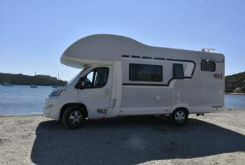 Hire a motorhome in Esslingen am Neckar from private owners| Citroen Bella