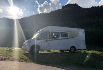 Hire a motorhome in Berlin from private owners| Fiat yoda