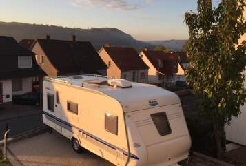 Hire a motorhome in Warburg from private owners| Hobby Carl