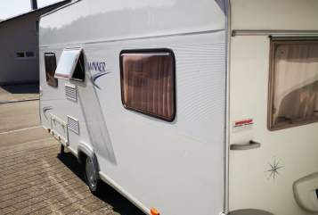 Hire a motorhome in Sigmaringen from private owners| Bürstner Winner 4 4