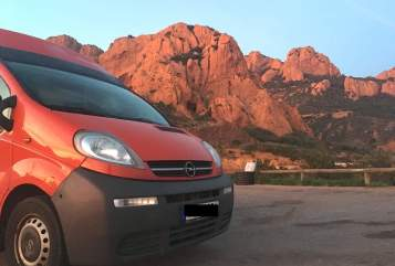 Hire a motorhome in Regensburg from private owners| Opel  Dino
