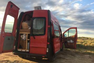 Hire a motorhome in Regensburg from private owners  Opel  Dino