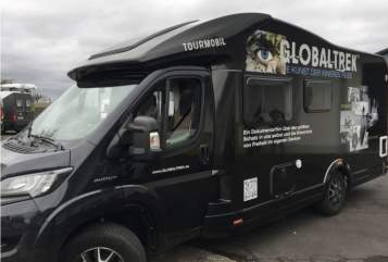 Hire a motorhome in Rösrath from private owners| KNAUS Traumwohnmobil