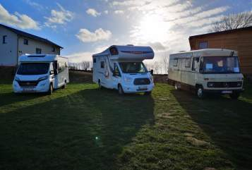 Hire a motorhome in Selent from private owners| Challenger John Boy