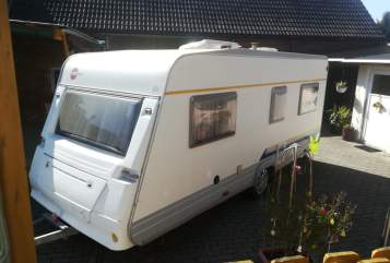 Hire a motorhome in Lutherstadt Wittenberg from private owners| Bürstner Manni