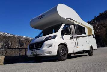 Hire a motorhome in Gresse from private owners| Carado Cardo TK 2