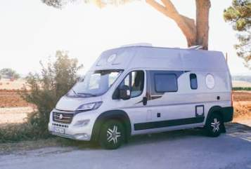 Hire a motorhome in Frankenthal from private owners| Knaus Knausi