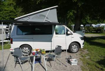 Hire a motorhome in Rostock from private owners| VW CamperKalle