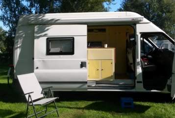 Hire a motorhome in Vreeland from private owners| Ford Transit Djoeke