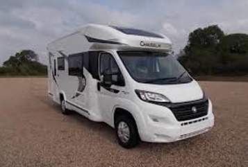 Hire a motorhome in Harsewinkel from private owners| Chausson Villa Kolumbus